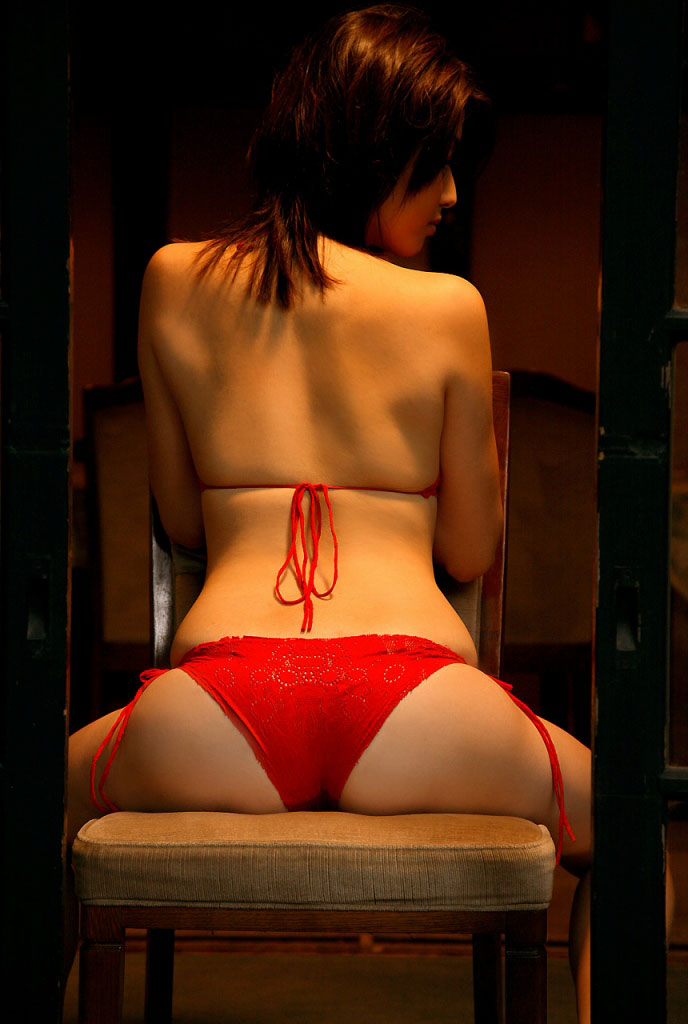 【おっぱい】スタイル抜群の美女がビキニを着たら、やっぱり格が違ったwww【34枚】 20