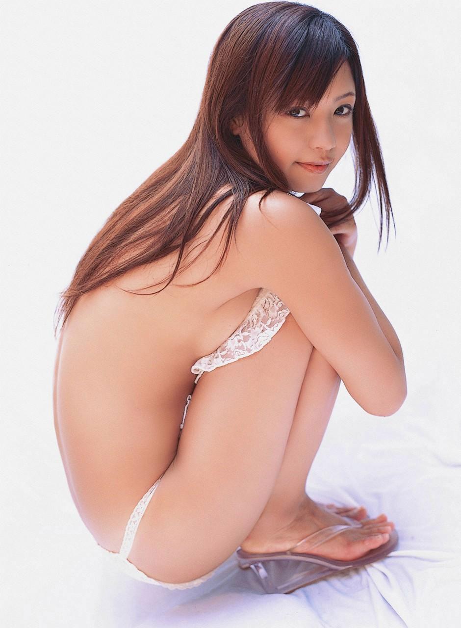 【おっぱい】誰がなんと言おうと横乳は乳首が見えているおっぱいよりもエロい!【31枚】 06