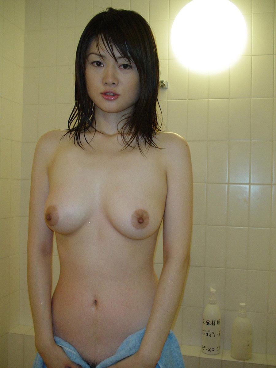 【おっぱい】誰が見ても巨乳と感じるレベルの立派な乳房をお持ちのお姉さんたちwww【30枚】 19