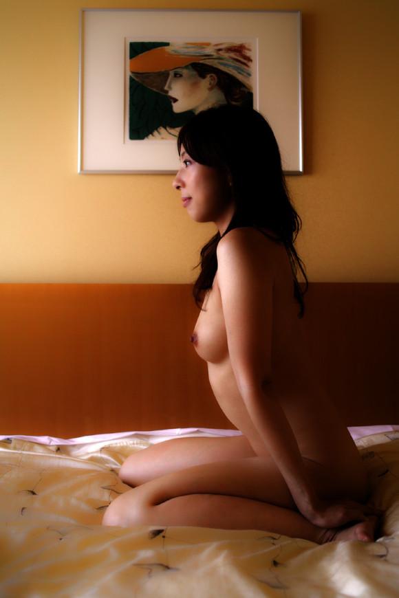 【おっぱい】隣の席に座っている女の子の妄想にも使える横乳エロ画像まとめ!w【23枚】 14