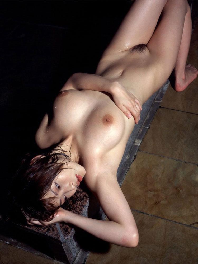 【おっぱい】安定して抜ける美人さんの美麗ヌード、そしてほとんどが美乳で美巨乳というwww【29枚】 18