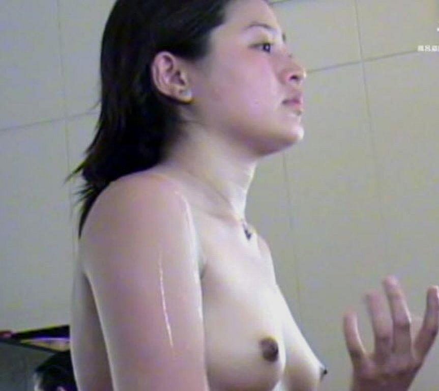 【おっぱい】景色のいい露天風呂がそれだけでリスクだと感じる温泉画像【30枚】 21