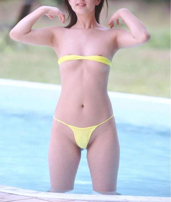 【おっぱい】例のプールを借り切って変態水着姿の巨乳なお姉ちゃんを侍らすのが夢です【32枚】 10