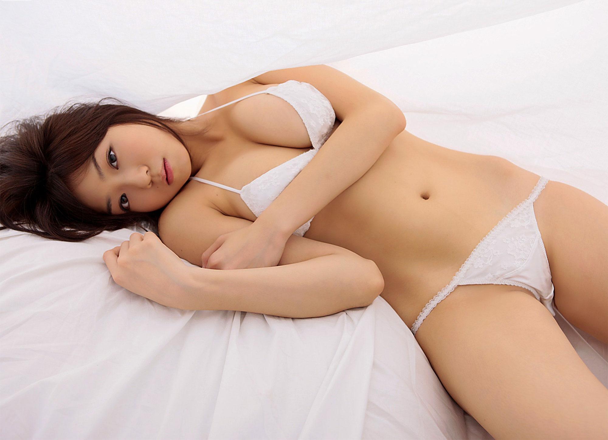 【おっぱい】全裸に飽きたときに重宝するおっぱいが見えているセクシーランジェリーについてwww【30枚】 15