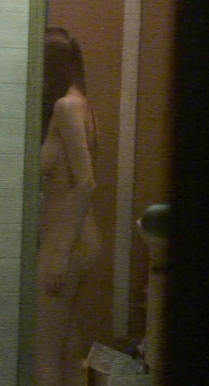 【おっぱい】まさか大浴場の脱衣所にカメラが置かれているとは思ってない素人さんたちwww【30枚】 09