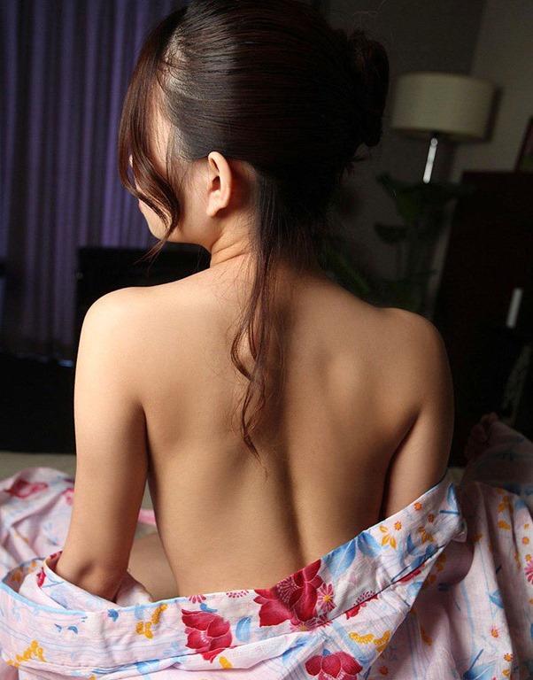 【おっぱい】日本人として安定して抜ける着物から覗くおっぱいたちwww【30枚】 08