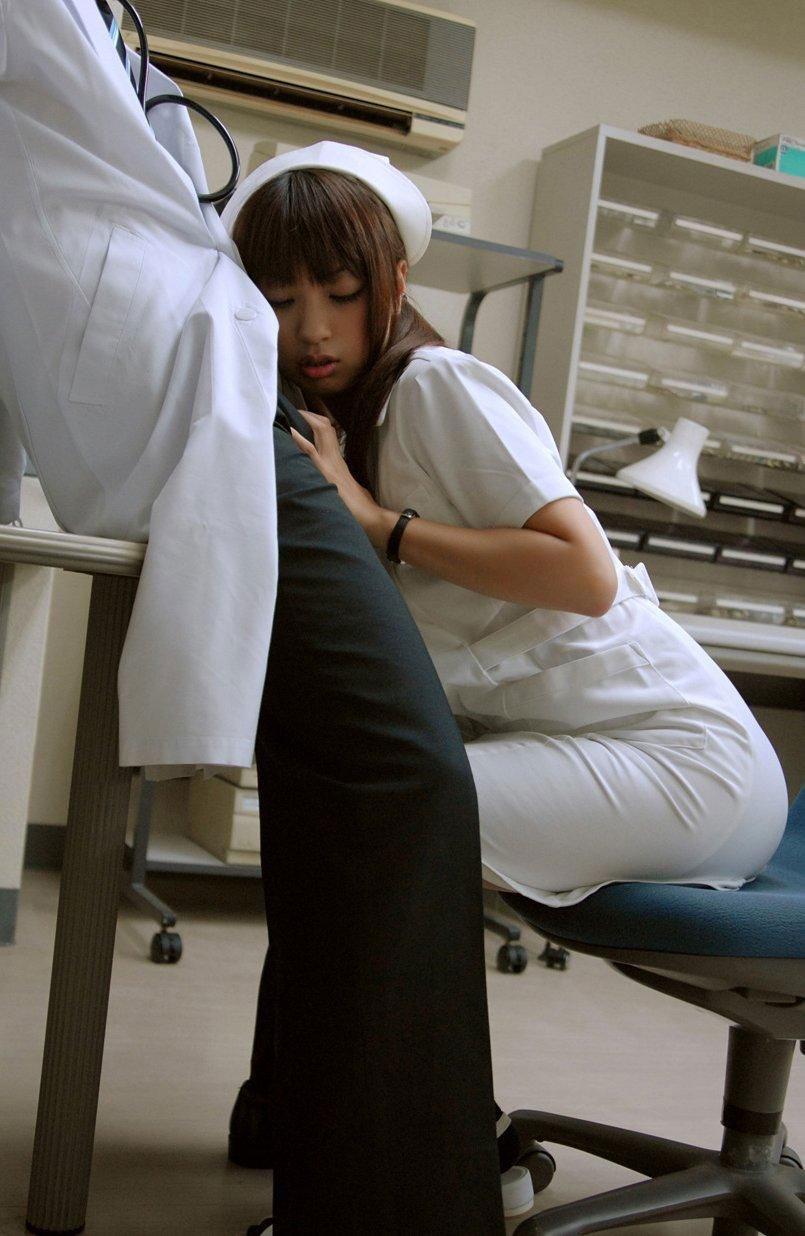 【おっぱい】世の中で一番エロい職業って看護師で間違いないよなwww【33枚】 03