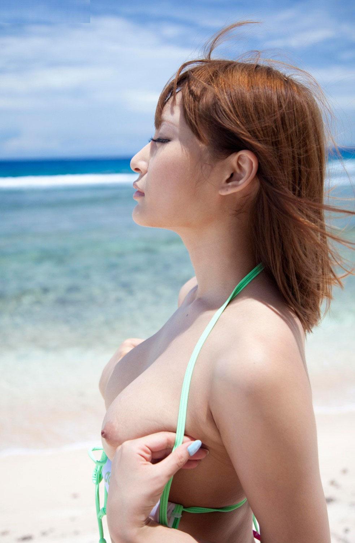 【おっぱい】おっぱいばかり見ているのにまったく飽きない巨乳のエロ画像【31枚】 03