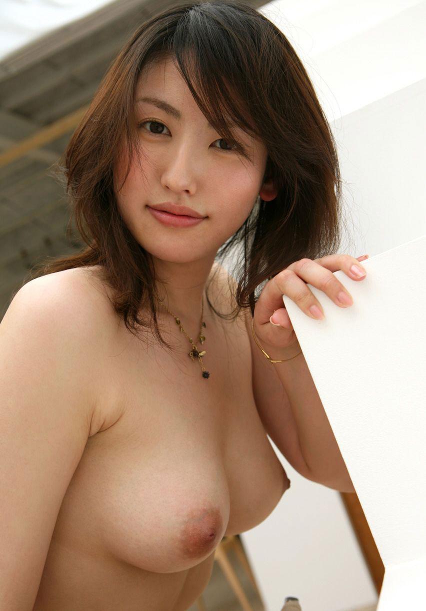 【おっぱい】なんだかんだいって美乳とか美巨乳みたいな形のいいおっぱいが好き!【30枚】 12