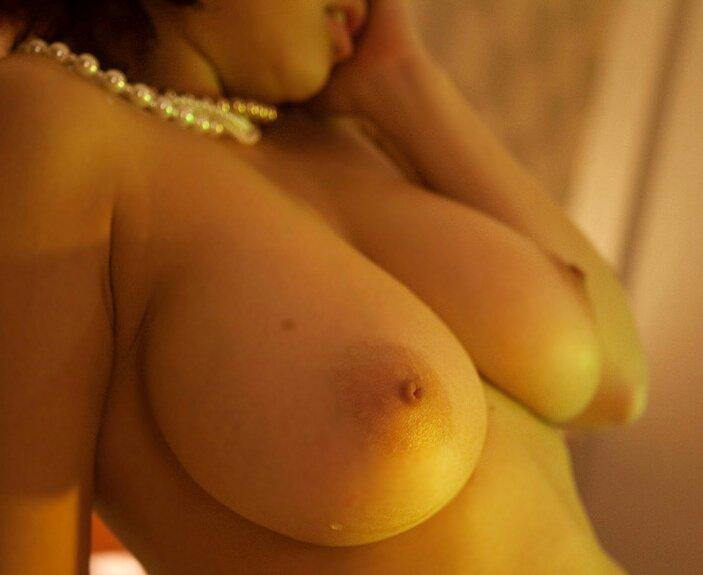 【おっぱい】適当におっぱいを並べて偽乳を当てていくクイズにハマっていますwww【31枚】 07