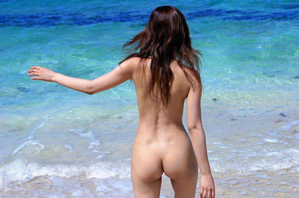 【おっぱい】ビーチだから水着姿かと思ったらおっぱい丸見えだったでござるの巻【29枚】 18