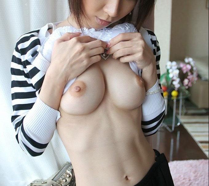 【おっぱい】絹のような美白をしたヌード画像に見る美巨乳のまとめwww【30枚】 04