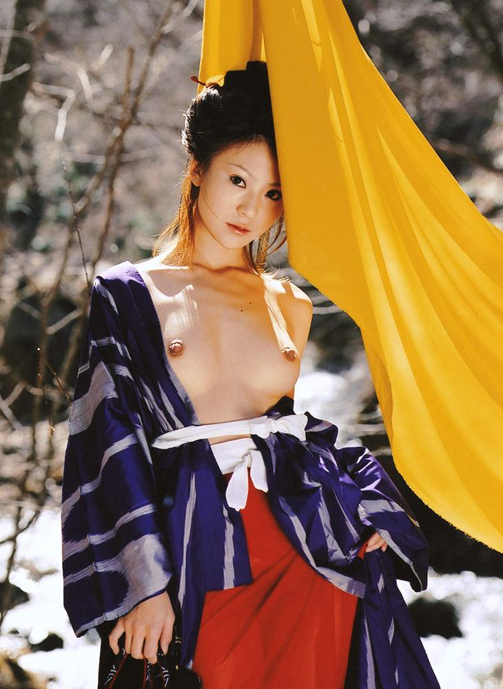 【おっぱい】和服や浴衣が似合う日本的な彼女とイチャコラしたくなる画像まとめ【30枚】 14