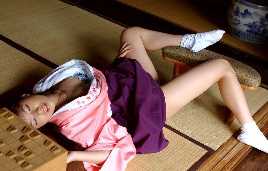 【おっぱい】和服や浴衣が似合う日本的な彼女とイチャコラしたくなる画像まとめ【30枚】 18