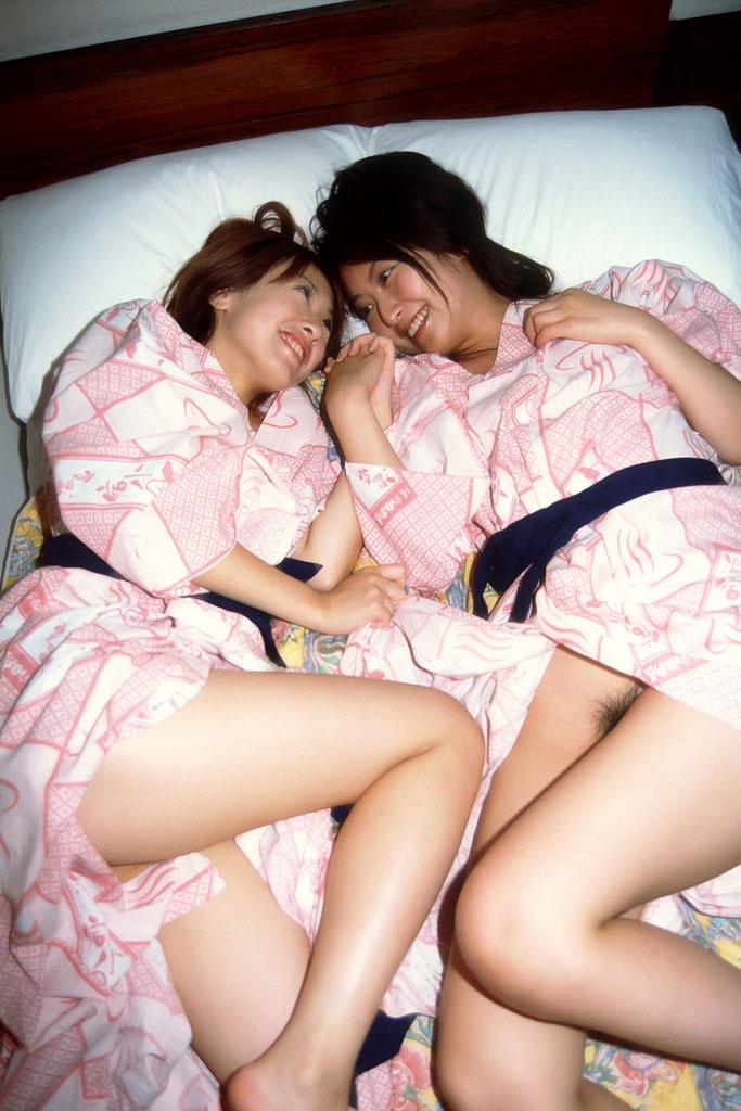 【おっぱい】和服や浴衣が似合う日本的な彼女とイチャコラしたくなる画像まとめ【30枚】 24