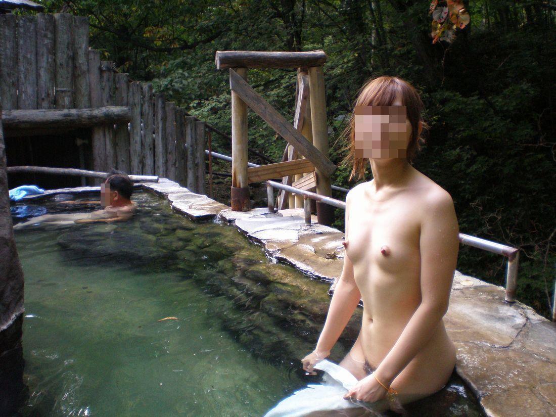 【おっぱい】冬場は温泉で露出していた人たちも普通に露出しだすようになってきた!?【30枚】 17
