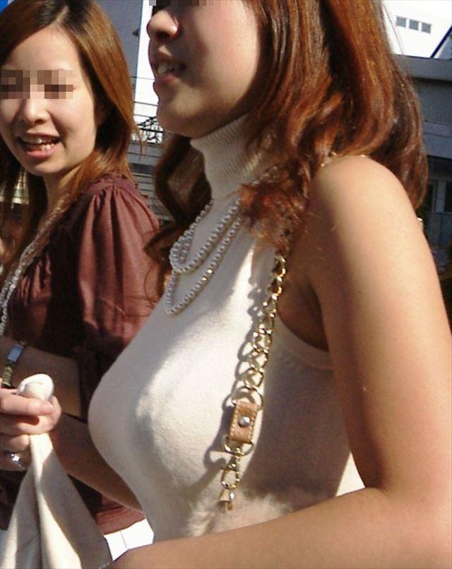 【おっぱい】服を着ていたら卑猥にならないという常識をぶち壊す勢いの着衣巨乳ちゃんたちwww【30枚】 20
