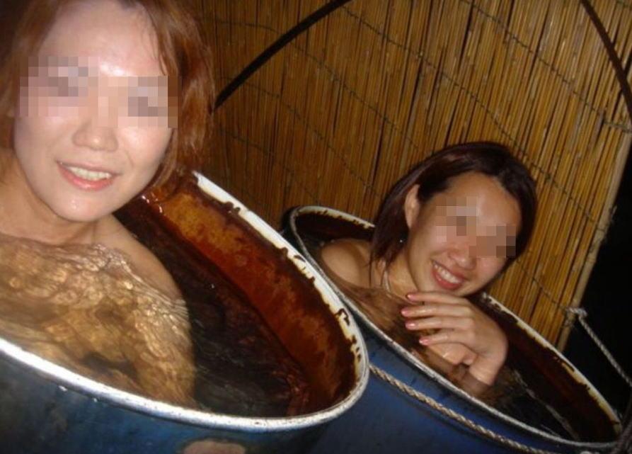 【おっぱい】露出スポットに悩んでいる素人さんが行き着くところ、それが温泉www【30枚】 24