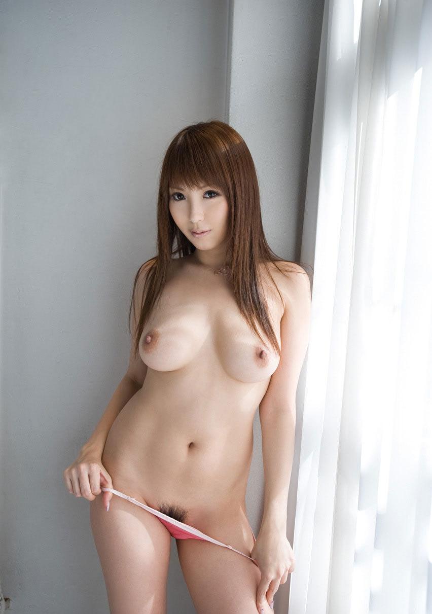 【おっぱい】小さいおっぱいが好きって人も巨乳を見ると「おっ!」ってなっちゃうんでしょ?【30枚】 表紙