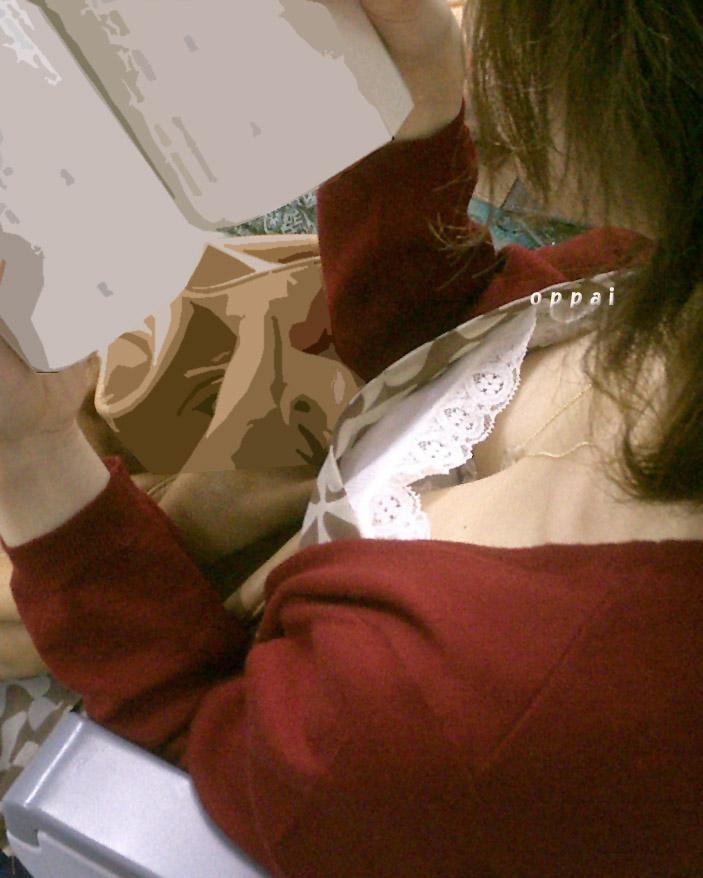 【おっぱい】電車で座れたと思って気を抜いた女の子は胸元がガラ空きという噂www【30枚】 10