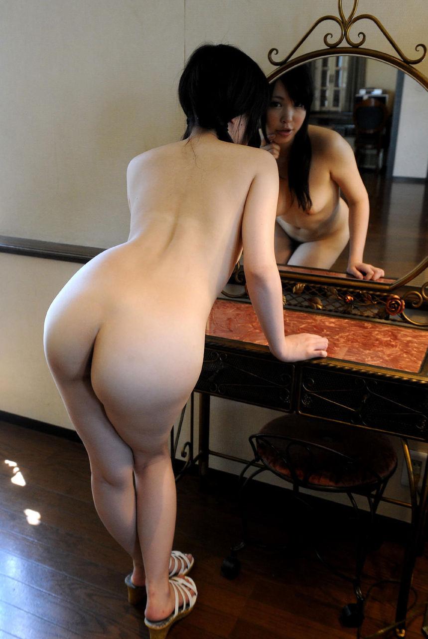 【おっぱい】鏡に映っているおっぱいがすべてエロく見えるのはどうしてwww【28枚】 14