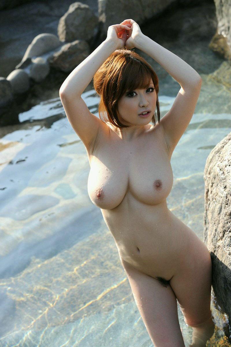 【おっぱい】こんな美女と一緒に温泉に入れたらそれだけで人生勝ち組www【32枚】 19