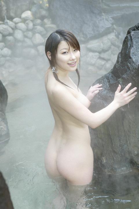 【おっぱい】こんな美女と一緒に温泉に入れたらそれだけで人生勝ち組www【32枚】 27
