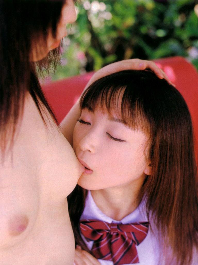 【おっぱい】レズってる女の子を見ているときが一番安定してドキドキできるwww【33枚】 12