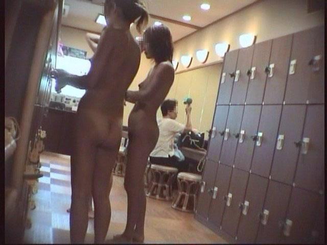 【おっぱい】男のロマンである脱衣所への乱入を妄想するのにベストな画像たちwww【30枚】 28