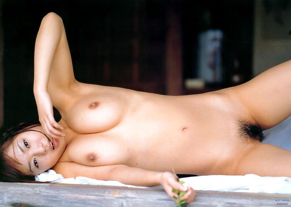 【おっぱい】腋とおっぱいを同時に見せつけてくるけしからんおっぱい画像集!w【30枚】 19